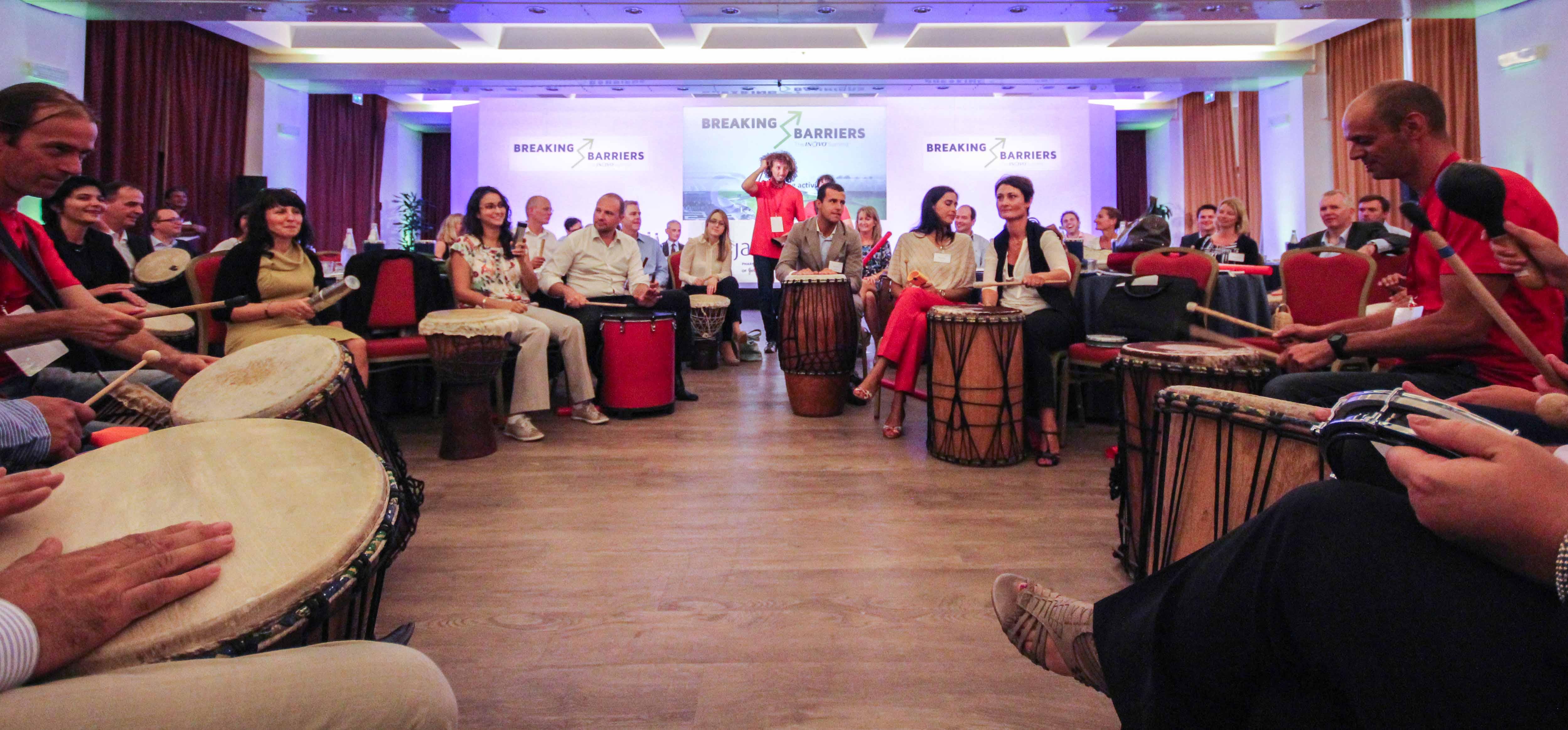 Team Building di Natale con Drum Circle o Boomwhackers per Calvin Klein, Grandi Salumifici Italiani e Dyson