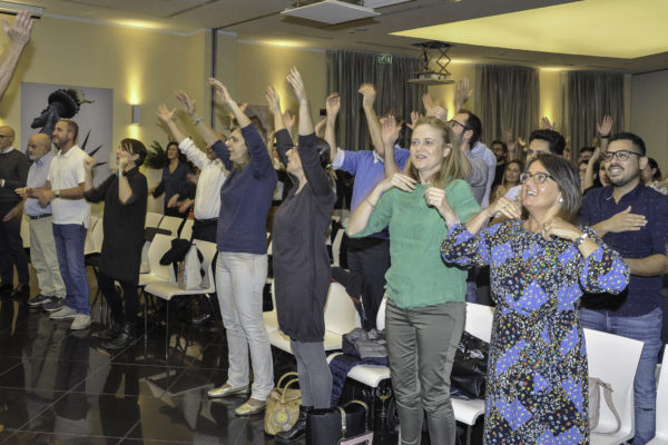 team building canto coro voce gospel jingle d'autore body percussion musica
